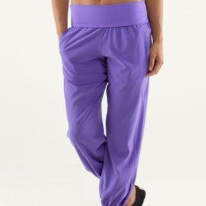 Lululemon Om Pant Size 4 Power Purple